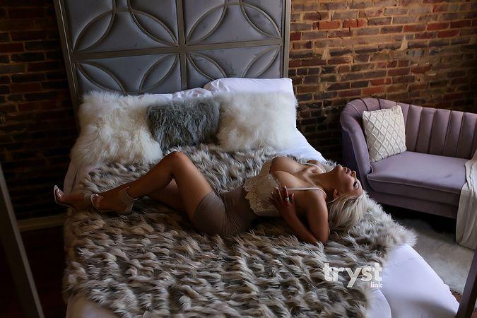 Photo of Lexi Stone