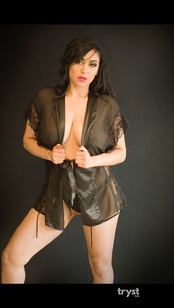 Photo of Mariah Couture